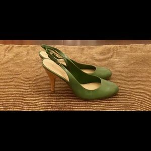 Green and tan Nine West slingback heels.